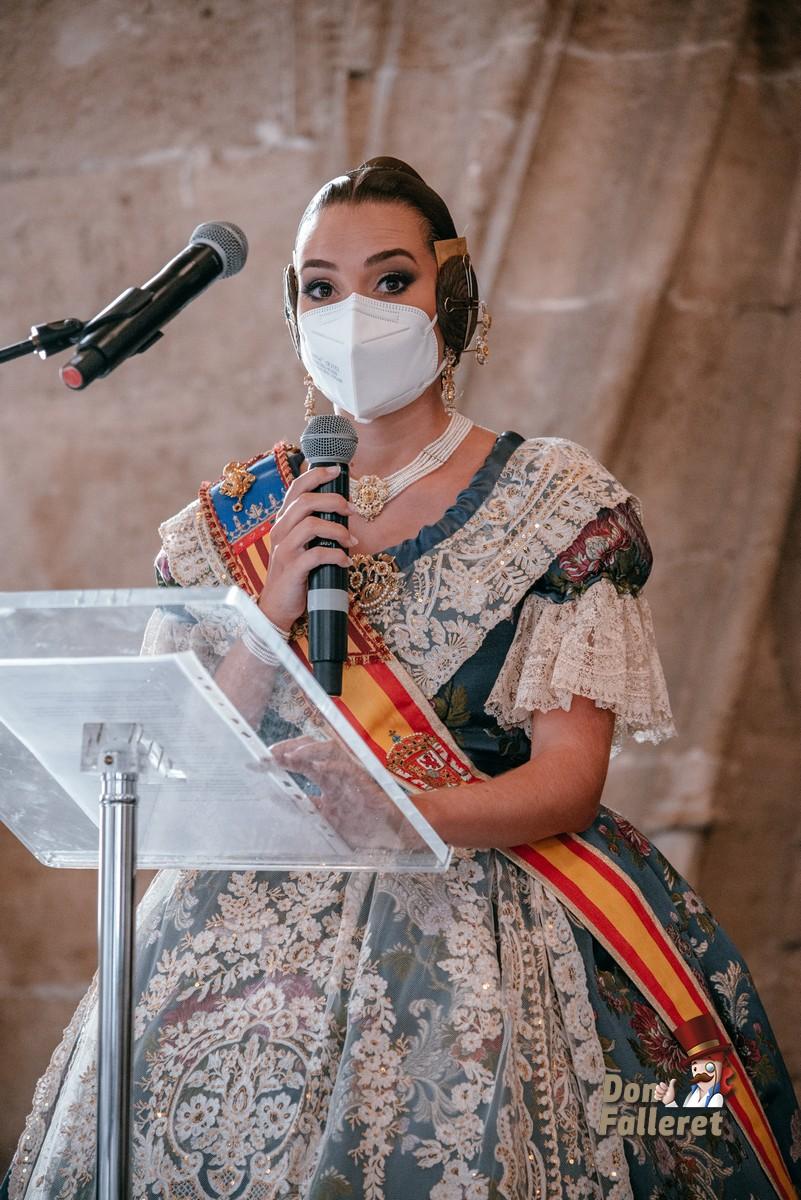 Momento del discurso de agradecimiento de Consuelo LLobell Foto: Fran Adlert/Don Falleret